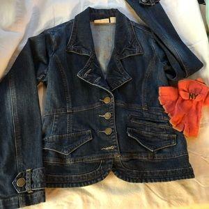 Closet staple DKNY denim jacket